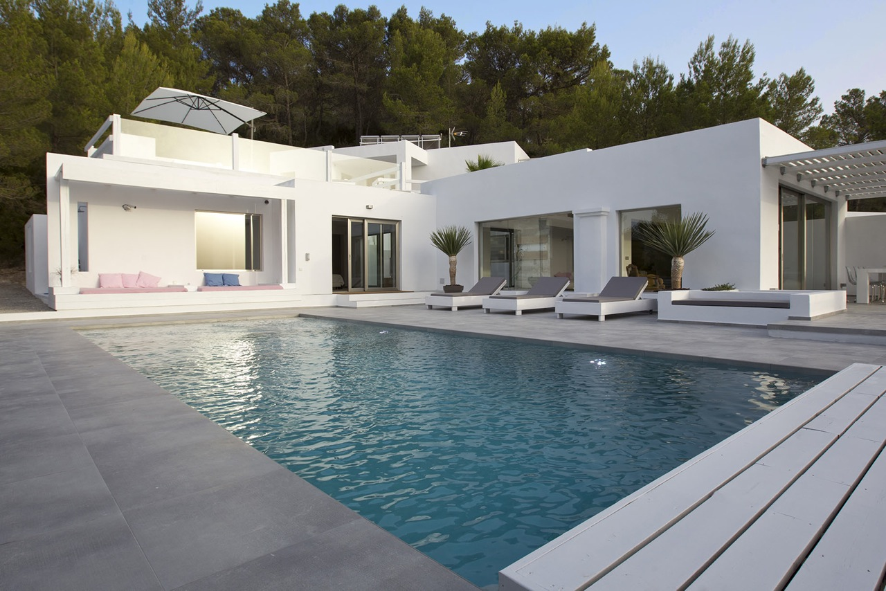 Modern Villa in Cala Tarida