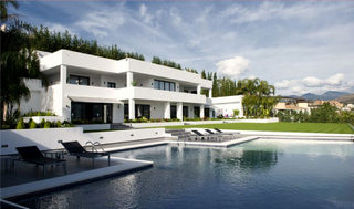 Modern Villa for sale in La Quinta, Marbella