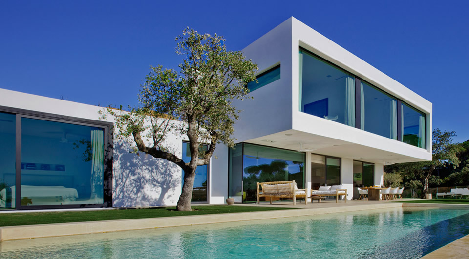 Modern villas marbella villas for sale in marbella for Bella villa interior design